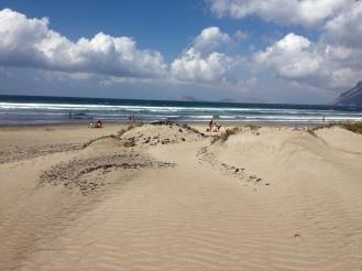 Famara Beach - Surf Destination Nr. 1 Lanzarote - von Studenten gewählt