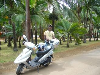 Mauritius - entdecken mit dem Roller - Hotelpraktikum Ales Consulting International