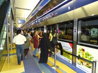 Erfahrung Metro Dubai Praktikum Dubai