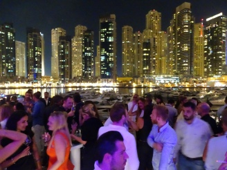 Clubbing: Party in Dubai Erfahrung Ales Consulting International
