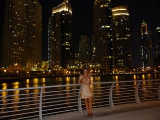 Marina Dubai bei Nacht Nannette Neubauer