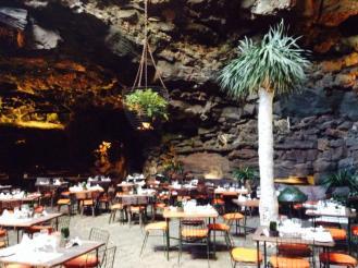 Erfahrung Dinner Cueva Jameos del Agua Ales Consulting International