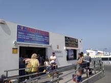 Insel Shopping: Fährzeiten und Tickets Orzola / Lanzarote nach La Graciosa