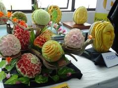 Melonenschnitzerei - Kunstwerke von maledivischen Köchen