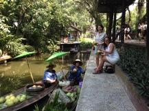 Schwimmende Märkte Thailand Nannette Neubauer