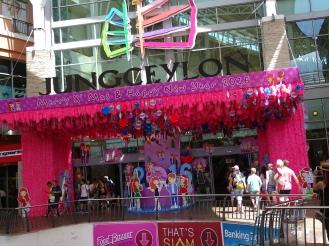 Shopping Erfahrung - Patong Beach Praktikum Thailand Ales Consulting International