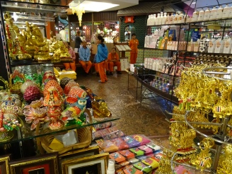 Patong Beach Shopping Souvenirs - Phuket Erfahrung