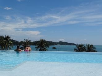 Infinity Pool Phuket - Praktikum Ales Consulting International