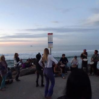 Byron Bay Evening Sun downer - Students excursion Ales Consulting International