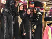 dubai-mall-burka-shopping-experience-auslandspraktikum-dubai-vereinigte-arabische-emirate-praktikum-ales-consulting-international