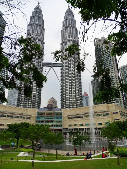 Petronas Towers und Fountains KL