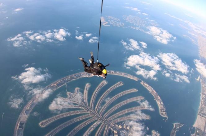 Dubai Fallschirmspringen Erfahrung Praktikum Ales Consulting International