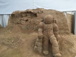Kosmonauten auf Insel Rügen? Sandskulpturenfestival