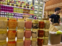 Arabische Delikatessen probieren in Dubai - beste Adresse