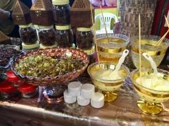 Traditionelle Delikatessen probieren in Dubai - Erfahrungen
