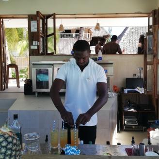 Hoteljob an der Bar in Sansibar